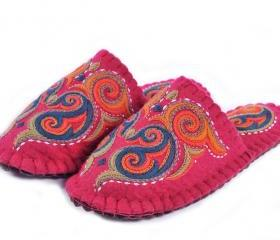 Handmade WOOL felted slippers with sole. Home shoes | indoor slippers | felt slippers